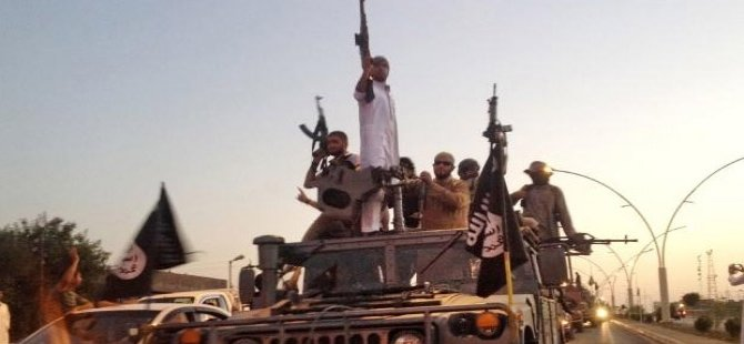 IŞİD Musul'da kaçırdığı çocukları canlı kalkan yaptı!