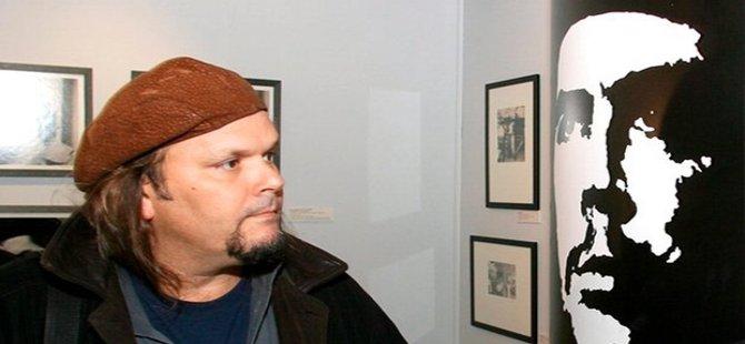 Che, her şeyden önce büyük bir hümanistti. O koşullar içinde sadece silahlı mücadele yolu açıktı