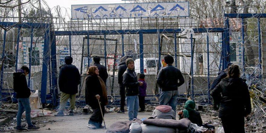 Alman istihbaratı: Sığınmacılar arasına 'devlete ait güçler' karıştı, Yunan sınırında olayları kışkırttı