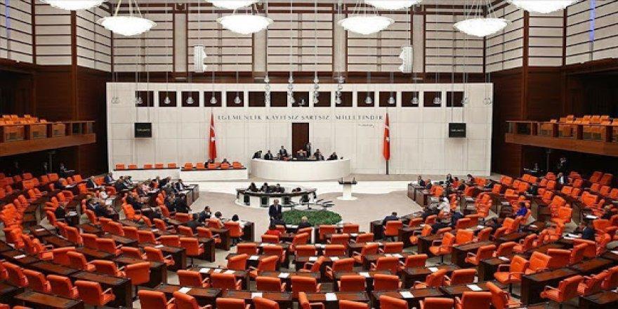 İnfaz düzenlemesine geçici madde: 70 bin mahkum cezasını evde çekecek