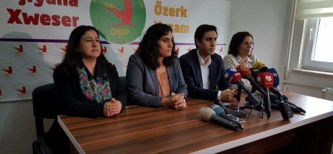 """Yüksek: '700 yöneticimiz, 29 belediye eşbaşkanımız tutuklandı"""""""