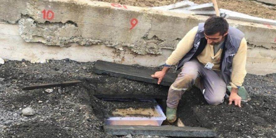 261 cenazenin gömüldüğü kaldırımın görüntüsü oraya çıktı