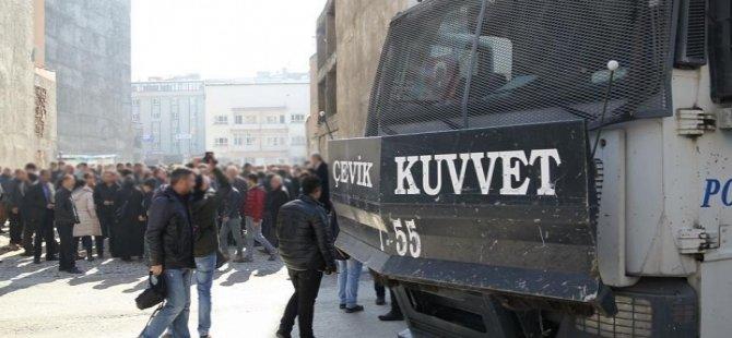 Van'da, gösteri ve yürüyüşler 10 gün boyunca yasaklandı