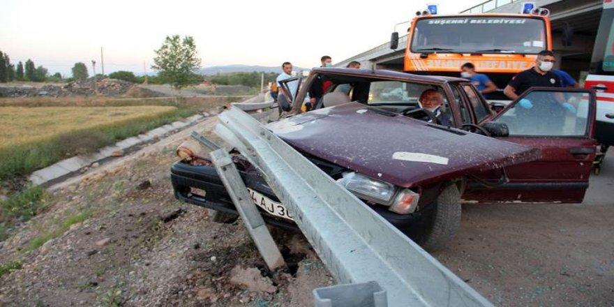 Sivas ve Mardin'de trafik kazası:2 ölü