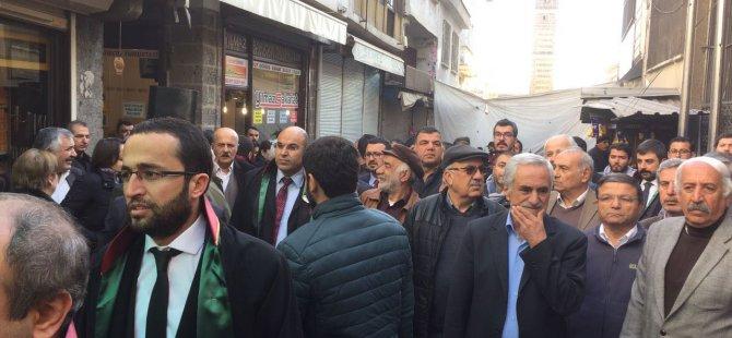 Tahir Elçi Diyarbakır'da kitlesel anıldı