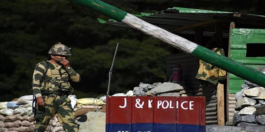 Çin sınırına füze sistemi konuşlandırıldı