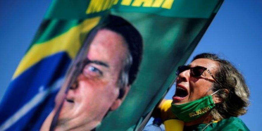 Bolsonaro karşıtı kampanya başlatıldı