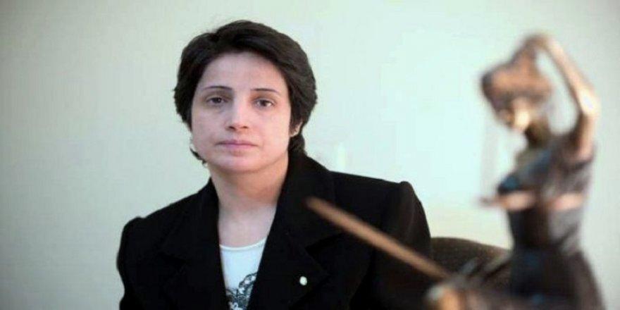İran'da açlık grevindeki insan hakları savunucusu hastaneye kaldırıldı