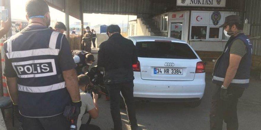 Emekli polisin aracından 61 kilo eroin çıktı