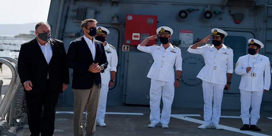 ABD Dışişleri Bakanı Pompeo, Girit'teki ABD askeri üssünü ziyaret etti