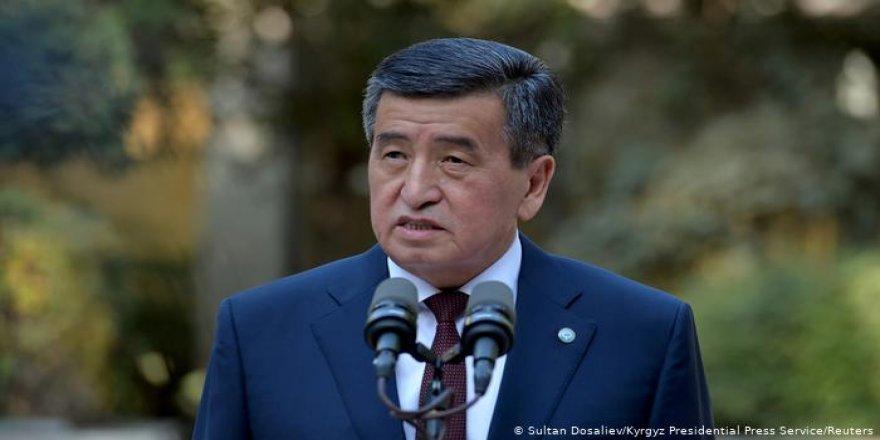 Kırgızistan Devlet Başkanı istifa etti