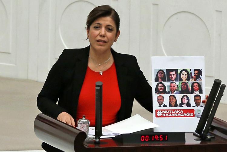 HDP Adana Milletvekili Meral Danış Beştaş tutuklandı