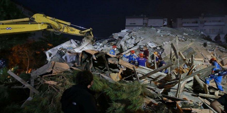 İzmir'de deprem: 12 can kaybı, en az 522 yaralı