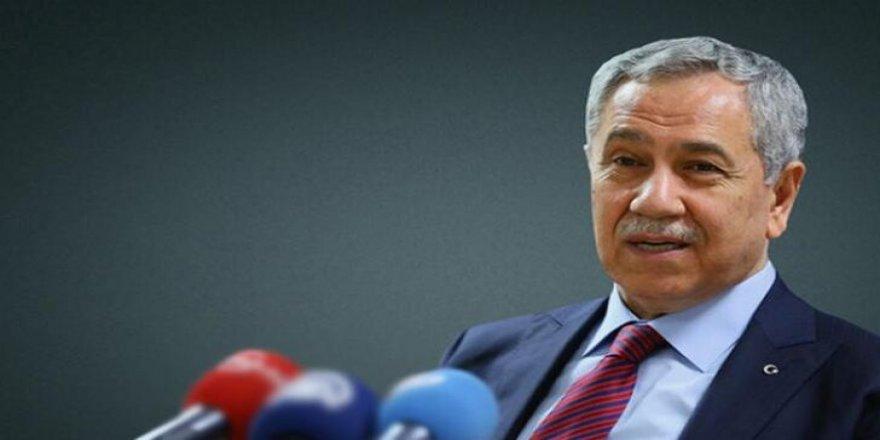 Bülent Arınç istifasını sosyal medyada duyurdu