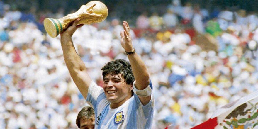 Maradona: Arjantin'de üç günlük ulusal yas
