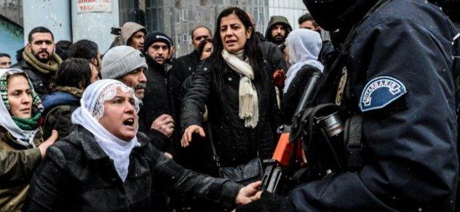 Economist: Erdoğan'ın hükümeti demokrasi dersi verecek konumda değil