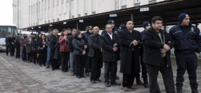 KCK Ana Davası'nda 111 kişiye hapis cezası verildi