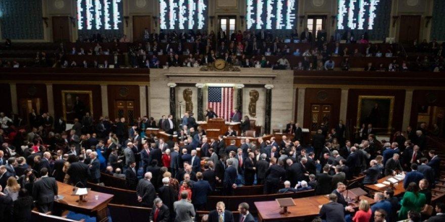 ABD Temsilciler Meclisi'nde Trump'ın azil maddesi kabul edildi
