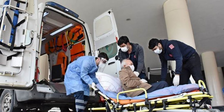 Dünya genelinde Covid-19'dan ölenlerin sayısı 2 milyonu geçti