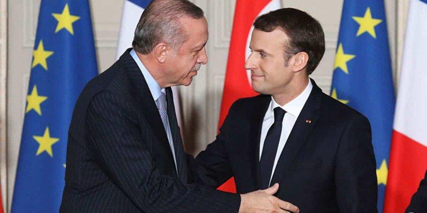 Çavuşoğlu: Erdoğan, Macron'a mektup yazdı!