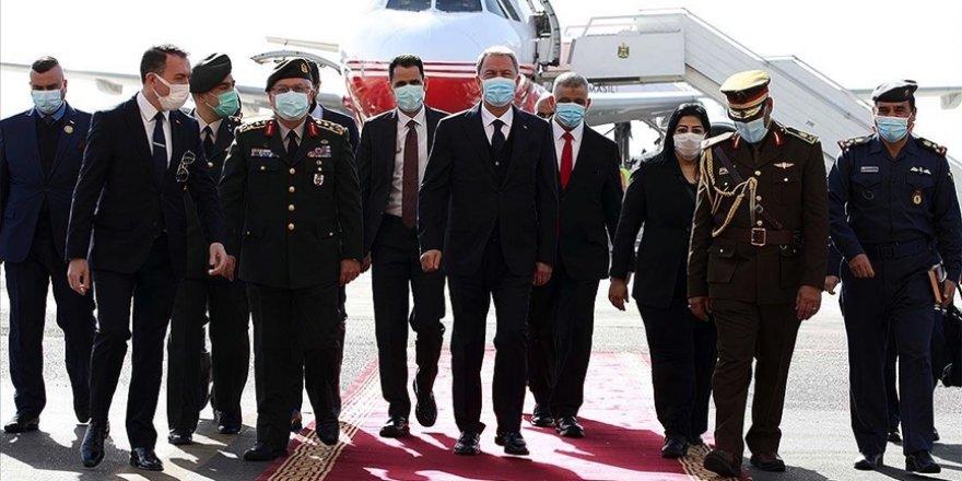 Bakan Akar ve Orgeneral Güler Irak'a gitti