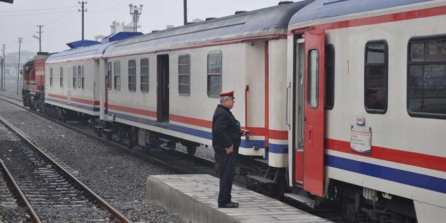 Diyarbakır-Halk durdurulan tren seferlerinin başlatılmasını istiyor