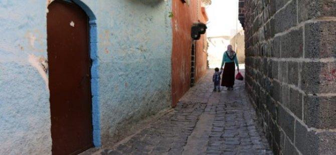 Diyarbekir Sur'da iki mahallede yıkım başlıyor, mahalleli tepkili