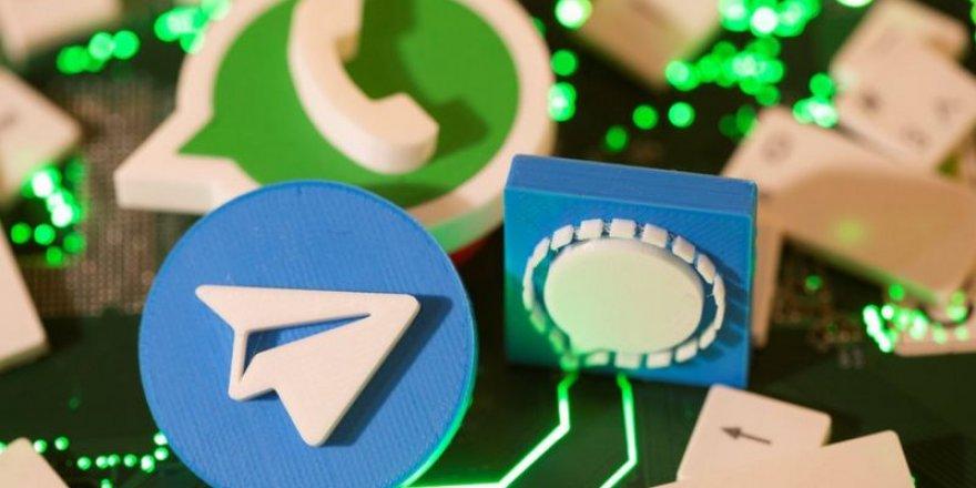 WhatsApp gizlilik sözleşmesindeki değişiklik duyurusundan sonra milyonlarca kullanıcısını kaybetti