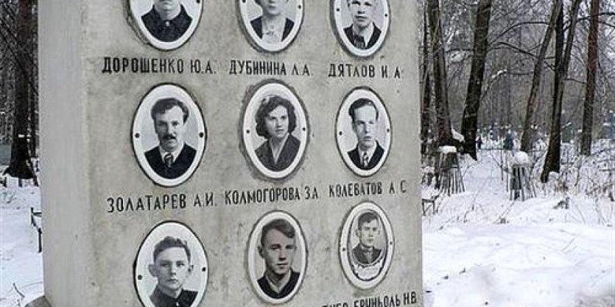 62 yıl önce 9 öğrencinin hayatını kaybettiği Dyatlov Geçidi'ne giden 8 kişiden haber alınamıyor
