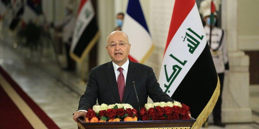 Salih: IŞİD'e karşı savaş devam etmeli