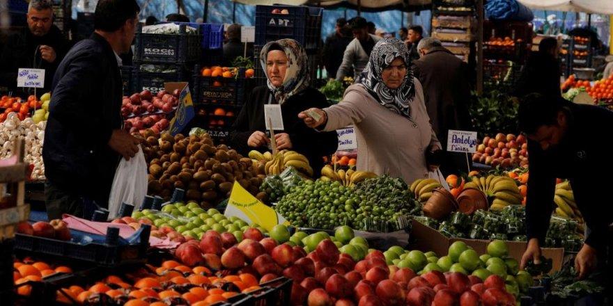 Şubat ayında enflasyon 1,5 yılın zirvesini gördü