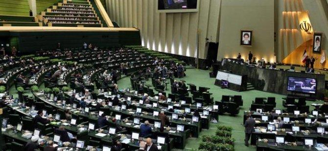 İran'da parlamento ve Humeyni'nin mezarında saldırı