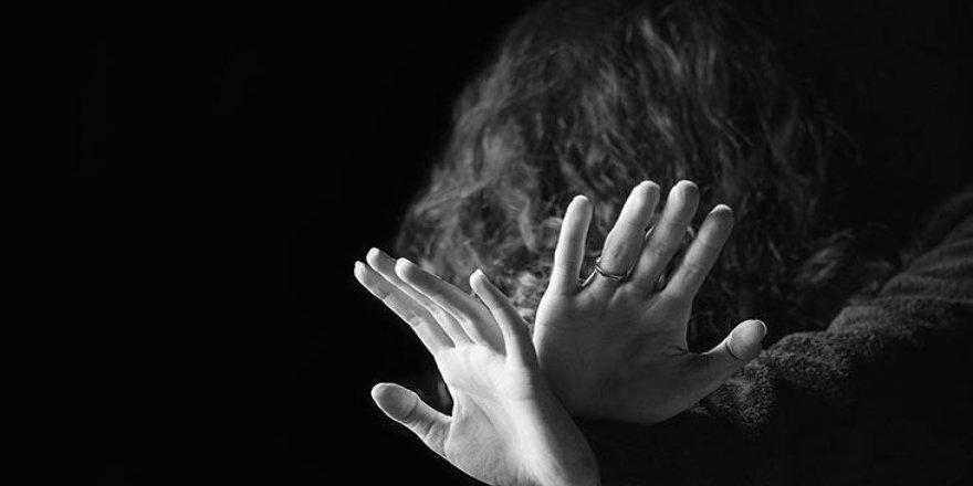 """""""Türkiye'de cinsel saldırıya uğrayan çocuklar devlet sitesinden deşifre ediliyor"""""""