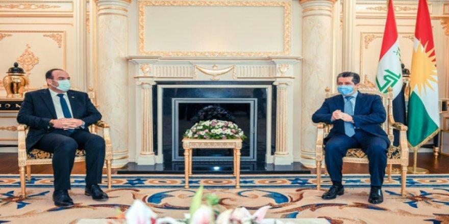 Başbakan Mesrur Barzani: Suriye sorunu Kürtlerin meşru hakları karşılanarak çözülür