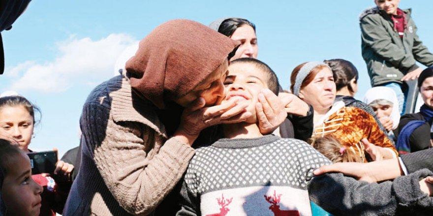 IŞİD tarafından kaçırılan 12 Ezidi çocuk ailelerine teslim edildi!