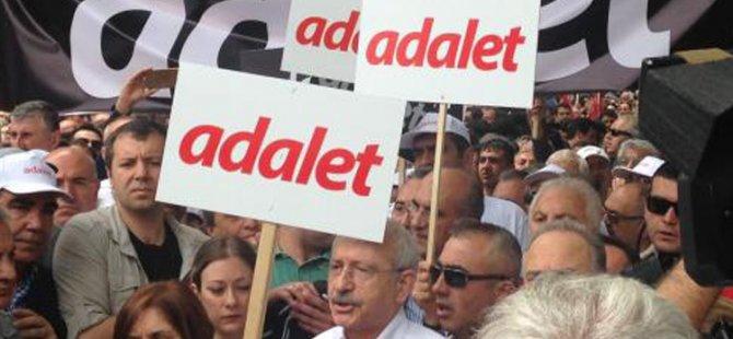 Türkiye: Ana Muhalefet 'Adalet Yürüyüşü'nü Başlattı