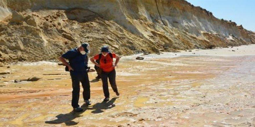 100 bin yıllık çocuk ayak izleri keşfedildi