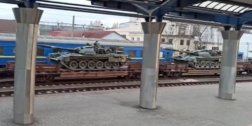 Ukrayna, Rusya sınırına tank sevkiyatı yapıyor