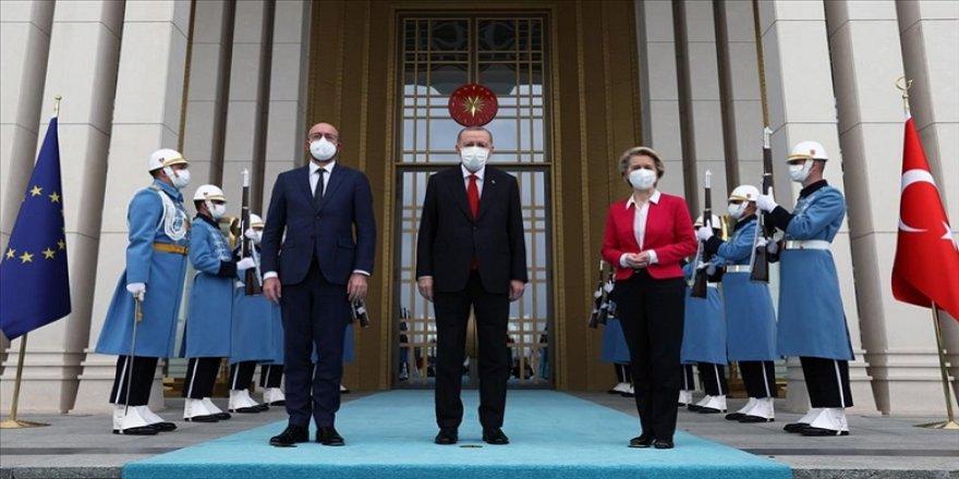 AB liderleri Ankara'da: Türkiye'nin AİHM kararlarına uyması önemli