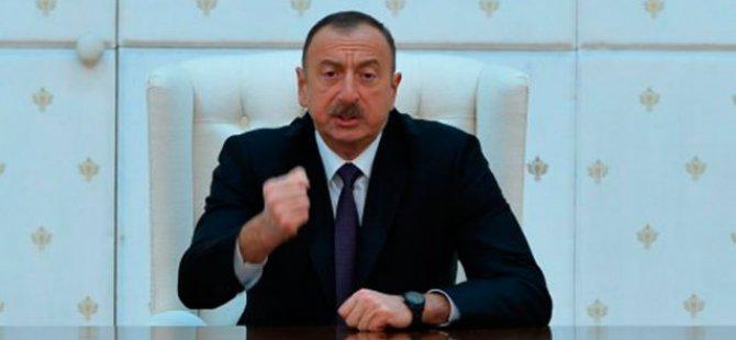 Ulusal Basın Günü kapsamında 255 gazeteciye daire hediye etti.