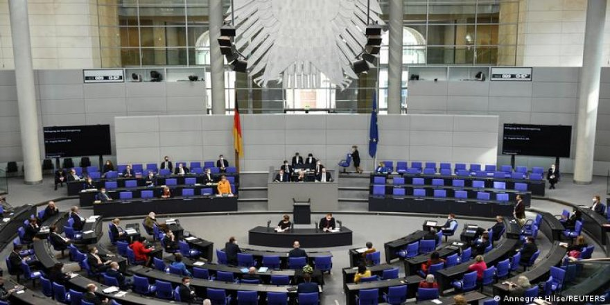 Yeşiller ve Sol Parti'nin Türkiye'ye silah ambargosu teklifleri reddedildi