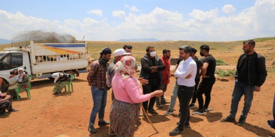 Diyarbakır Barosu Şenyayla'da mağdur ailelerle görüştü