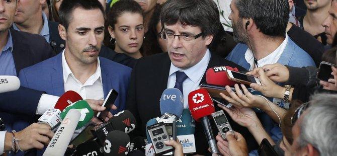 Katalonya bağımsızlık referandumunda seçmenlerin % 90'ı evet dedi
