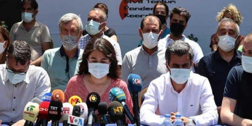 Diyarbakır'da STK ve siyasi partilerden çağrı: Aşıdan değil, virüsten korkun