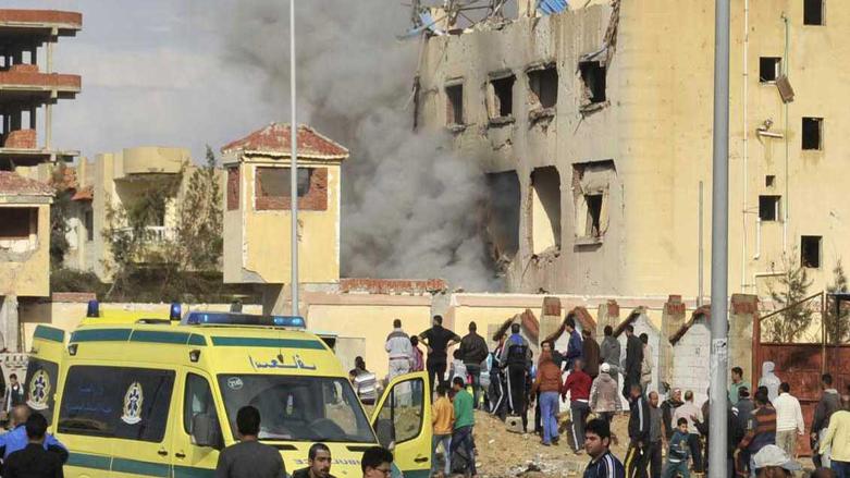 Mısır'da camiye bombalı saldırı: En az 235 ölü