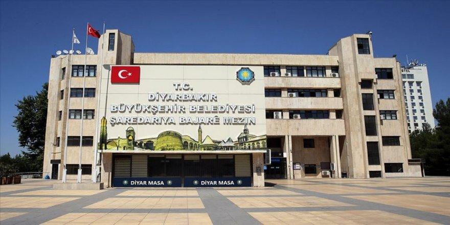 Diyarbakır Büyükşehir'de 45 işçi 'zorla' emekli edildi