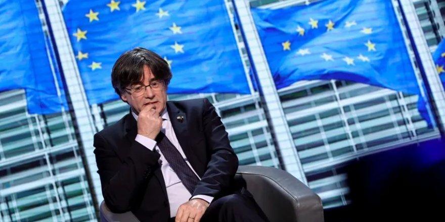Katalan lider Puigdemont İtalya'da gözaltına alındı
