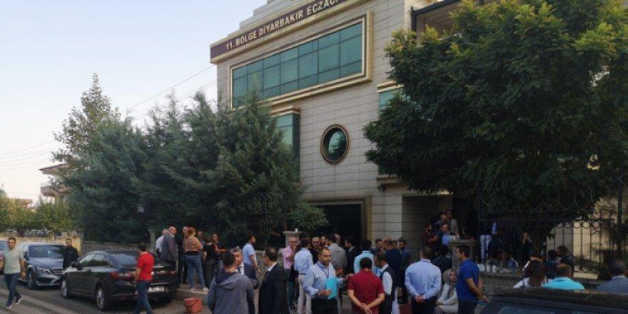 Diyarbakır Eczacılar Odası seçimlerini beyaz liste kazandı