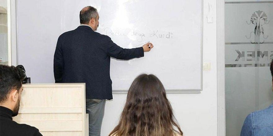Enstitü İstanbul İSMEK'te yeni dönem: Kürtçe eğitmen alımları arttı