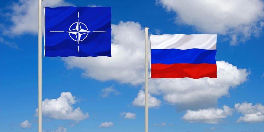 Rusya NATO temsilciliğini askıya alacağını açıkladı